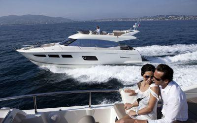 Jeanneau Prestige Motorboote