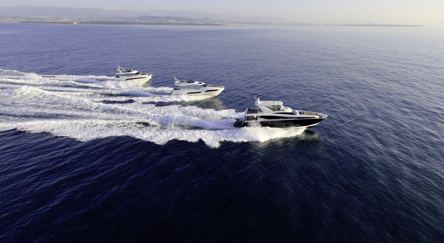 Prestige Yachts Range: Prestige 630, Prestige 680S und eine Prestige 750 in Fahrt