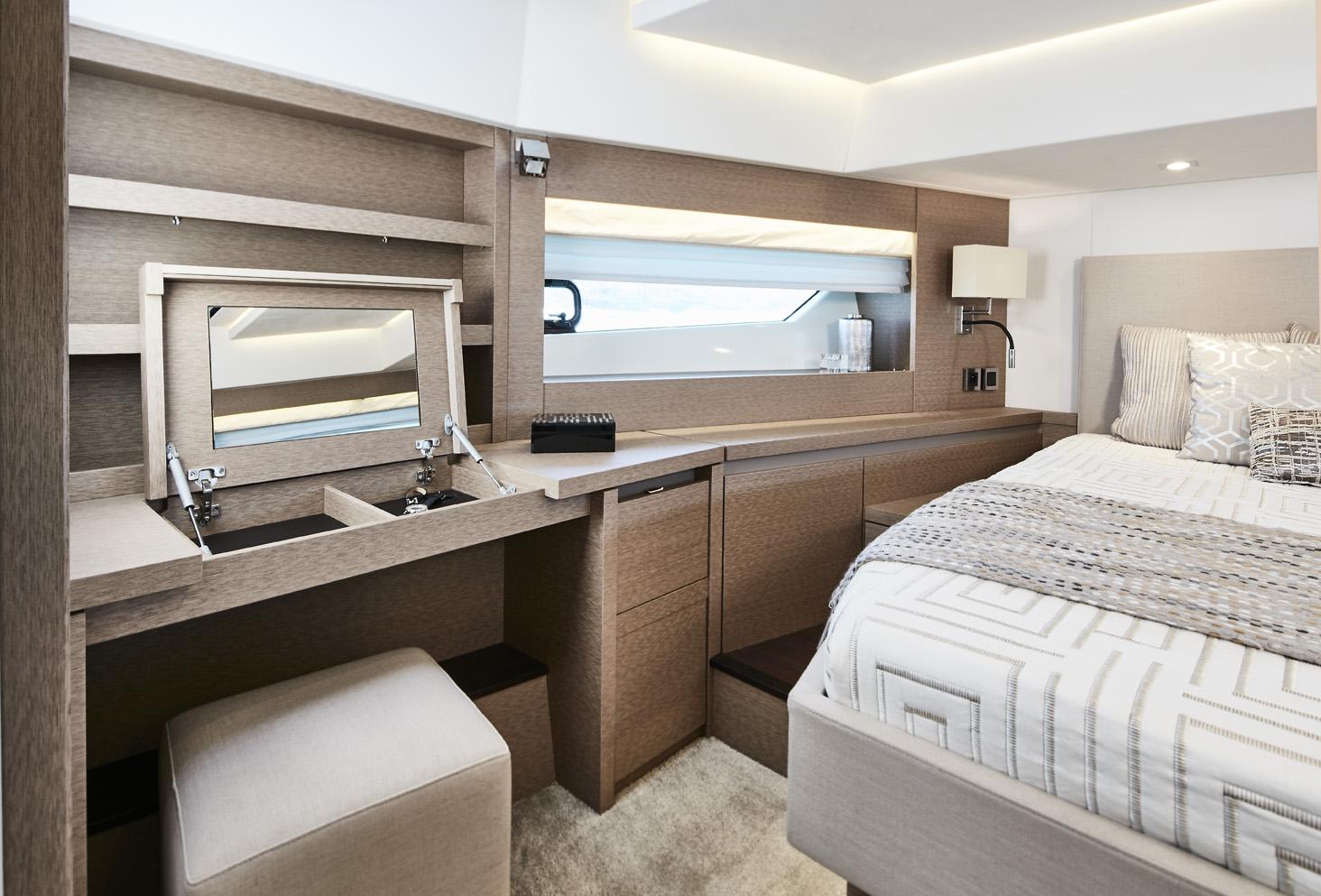 Prestige 630 Interior