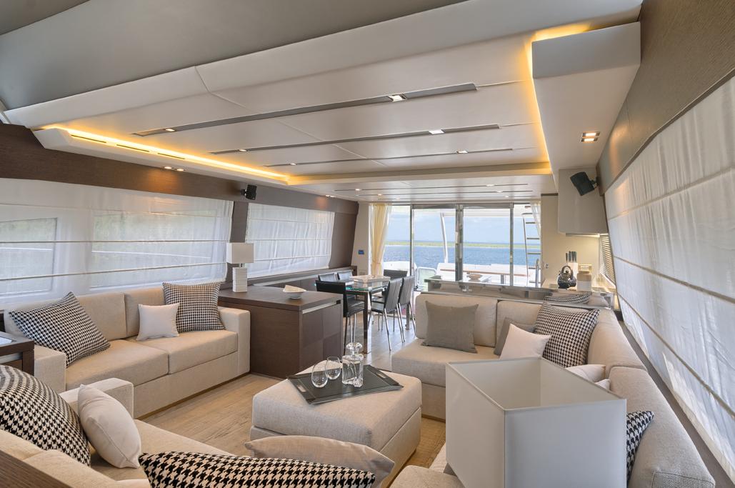Prestige 750 Interior