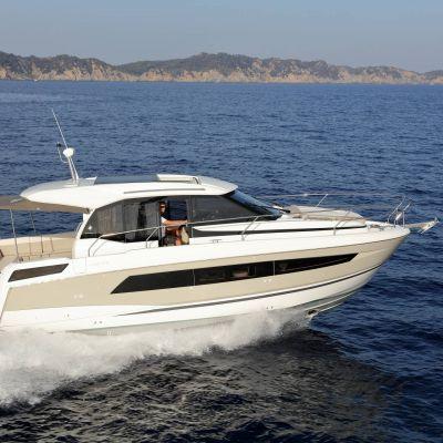 Jeanneau NC 33 Boot Yacht 5