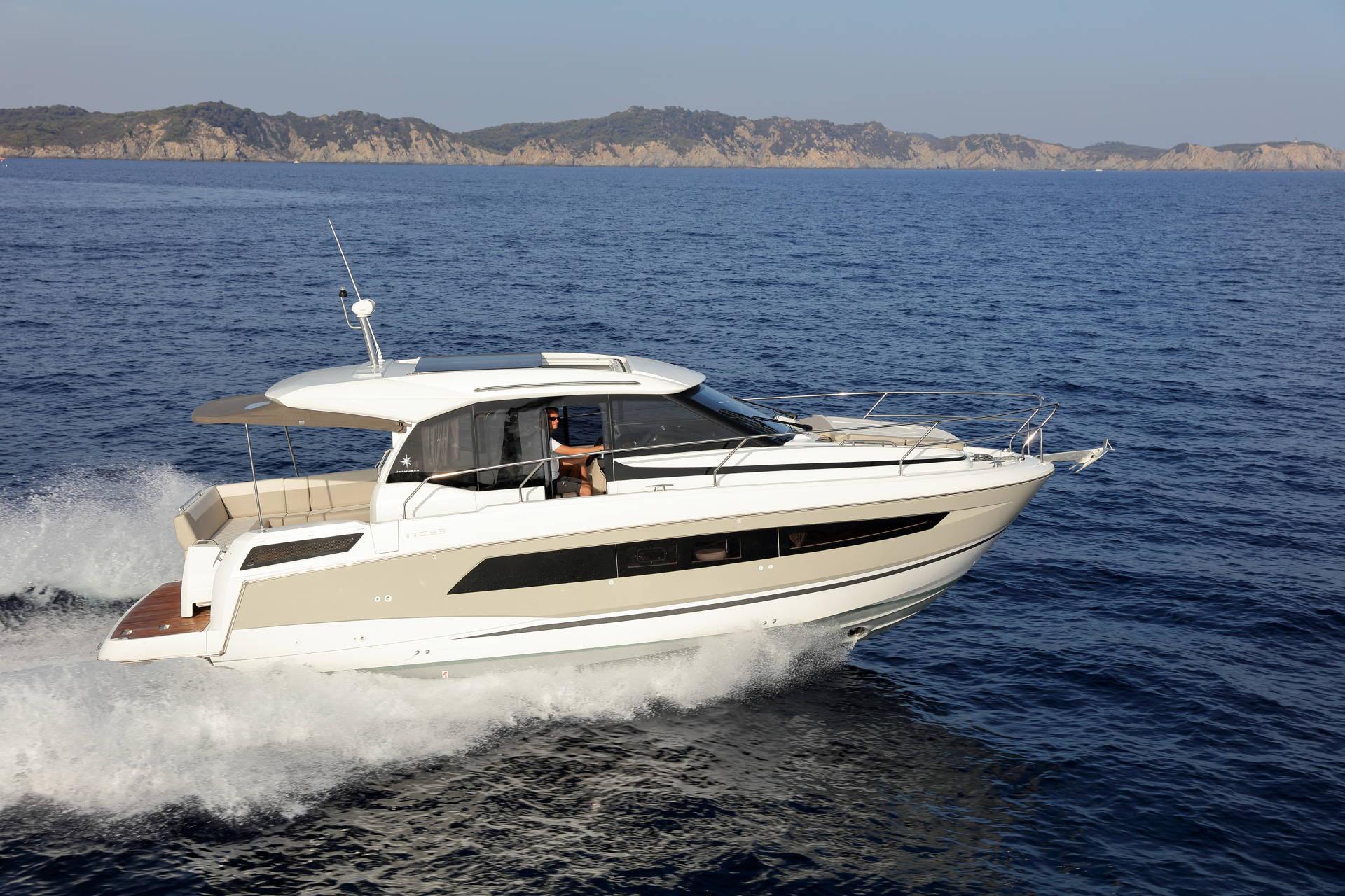 Jeanneau NC 33 Boot Yacht Bild 12