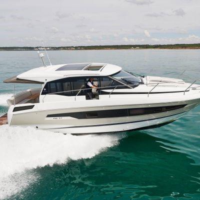 Jeanneau NC 37 Boot Yacht 4