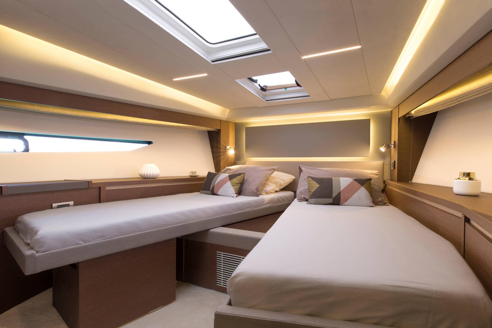 Prestige Flybridge Line 520 Yacht Boot Bild 12