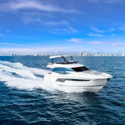 Prestige Flybridge Line 520 Yacht Boot 6