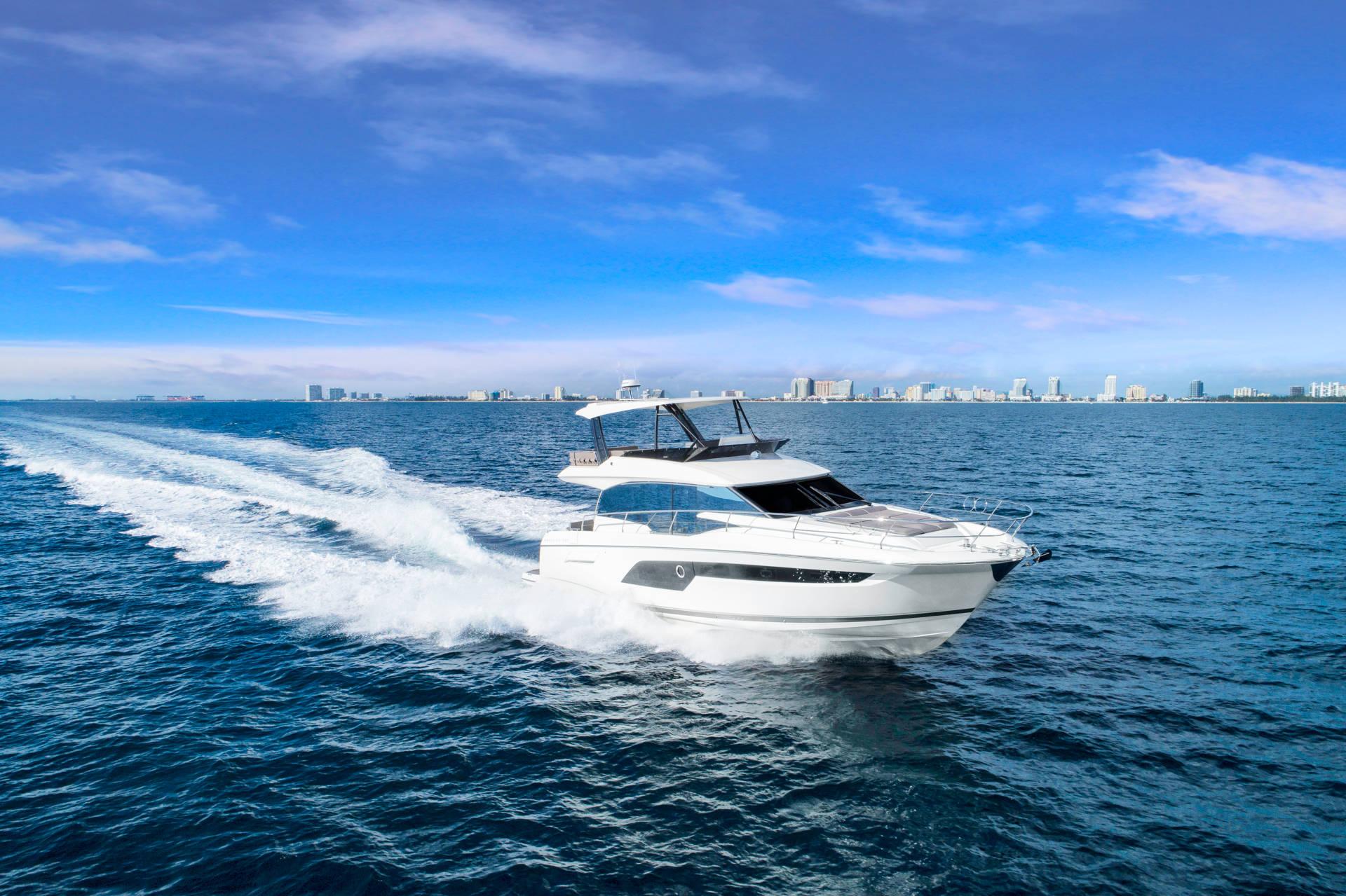 Prestige Flybridge Line 520 Yacht Boot Bild 2