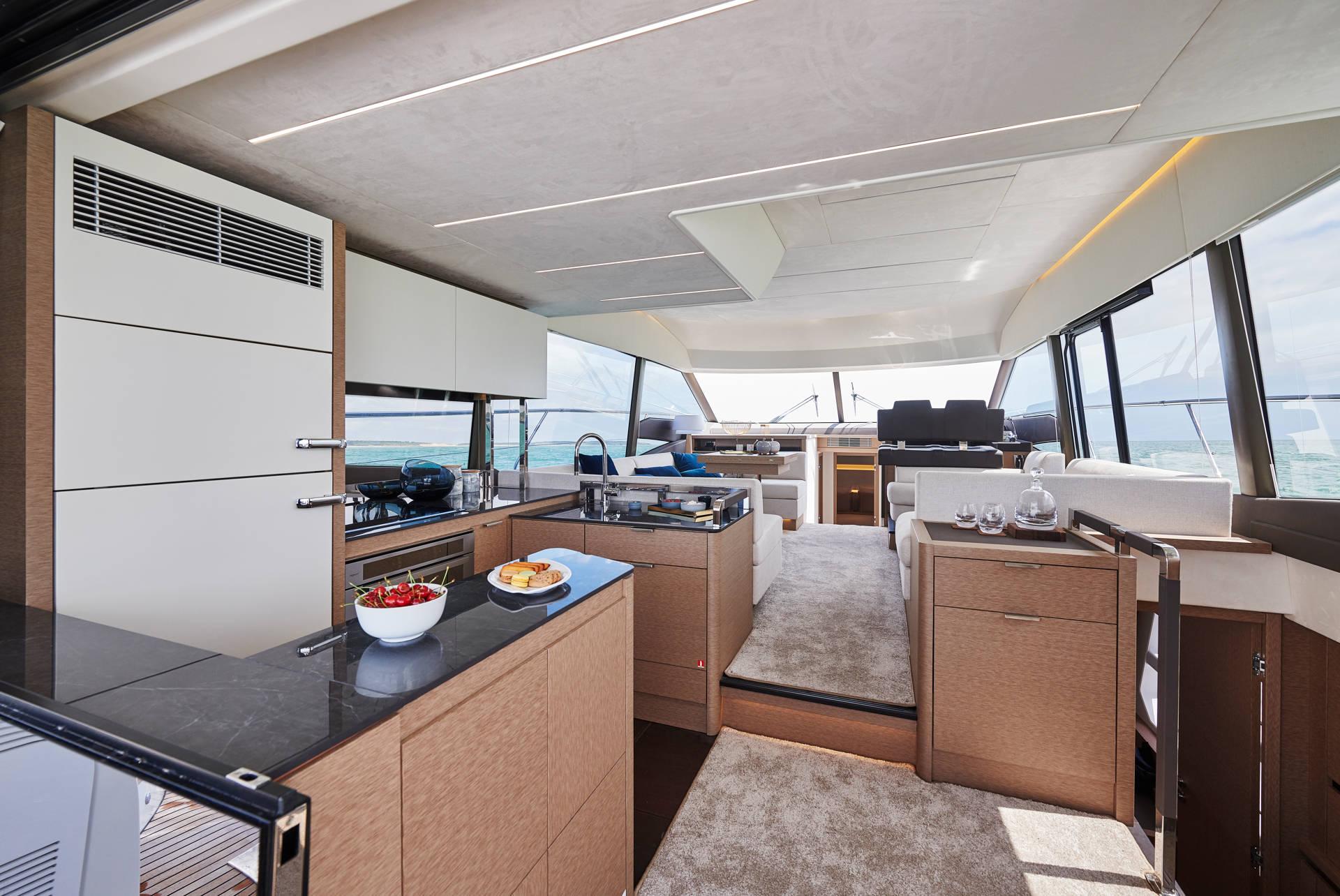 Prestige 590 Flybridge Bild 9