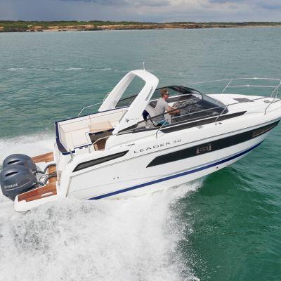 Jeannneau Leader 30 Aussenboardmotor Exterieur 1 (2)
